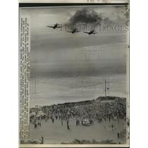1950 Press Photo Military Aircraft during the Memorial Dedication Ceremonies