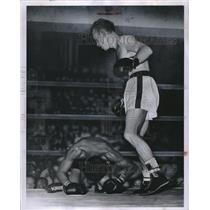 1952 Press Photo Charles Davey Boxer - RRQ08193