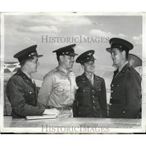 1942 Press Photo Four Aviation cadet talking at the Pilot Replacement Center