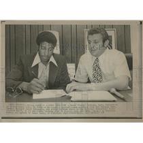 1972 Press Photo Corky Calhoun/Phoenix Suns/LA Lakers - RRQ20357