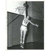 1954 Press Photo Milwakee pitcher to pro basketball - RRQ27353