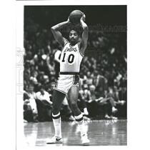 1982 Press Photo Norman Norm Nixon Los Angeles Lakers - RRQ28419