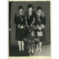 1928 Press Photo Queen of Spain and her two Infanta daughters visit Paris
