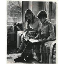 1988 Press Photo Leslie & Winfield Starr, children of Lt. Maurice Winfield Starr
