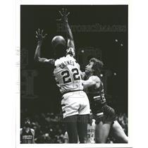 1978 Press Photo Cavaliers Bucks Game Rebound Action - RRQ51193