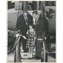 1962 Press Photo Airplane Airline Young Barbara Ellen - RRQ60323