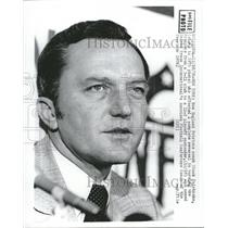 1976 Press Photo Chuck Fairbanks coach Patriots playoff - RRQ55297