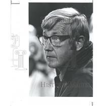 1976 Press Photo New York Jets Coach Lou Holtz - RRQ72783