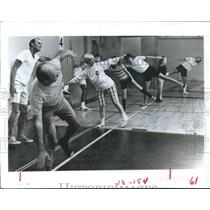 1971 Press Photo Stretch time at Family Fitness Center in San Diego, California
