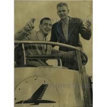 1952 Press Photo Billy Tucker and Charles Brown board plane at Municipal Airport