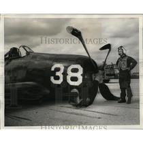 1951 Press Photo Reserve Pilot Lt. G.J. Soderholm Stares at Bent Propellers