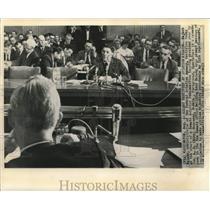 1961 Press Photo Najeeb Halaby testifies at Senate Aviation Subcommittee hearing