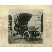 1900 Press Photo 1900 Rambler at the first national auto show, New York
