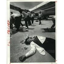 1980 Press Photo Simulated accident scene at Houston Intercontinental Airport