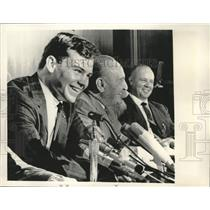 """1964 Press Photo Frederick """"Rick"""" Reichardt and others at press conference."""