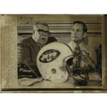 1973 Press Photo Charlie Winner replaces Weeb Ewbank as Jets football head coach