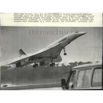 1992 Press Photo French supersonic airliner takes off, carrying French President