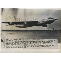 1952 Press Photo Texas-YB-60 eight jet bomber plane takes off from Fort Worth