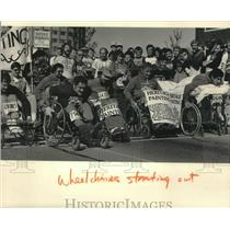 1984 Press Photo Wheelchair racers at the start of Milwaukee's Al McGuire race
