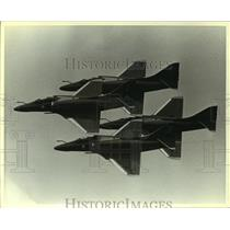 1986 Press Photo U.S. Navy Blue Angels aircraft in formation, Alabama