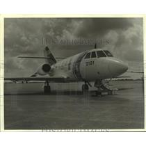 1988 Press Photo U.S. Coast Guard Falcon Jet, Alabama - amra03718