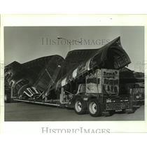 1991 Press Photo Black Bird spy plane parts on a trailer, Alabama - amra03692