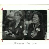 1993 Press Photo Finkelstein & Kelley with senior citizen spelling bee trophies
