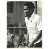 1975 Press Photo O J Simpson Football Player Chicago - RRW48061