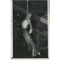 1947 Press Photo Gregoresko Dunn Brothers Circus - RRX89553