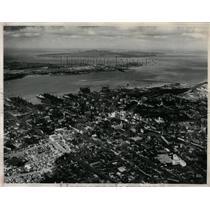 1960 Press Photo Waitemata Harbor, Auckaland, Newzealan - RRX79359