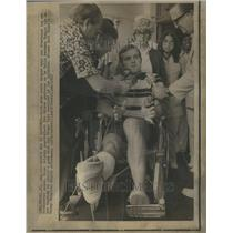 1972 Press Photo Bob Griese Wheelchair Miami Dolphin - RRU13871