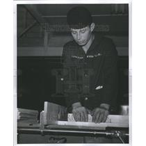 1941 Press Photo Ford Naval Training School Carpenter - RRU08721