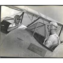 1942 Press Photo Pilots Otis Beard and Charlie Rees - RRX84805