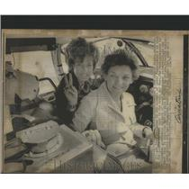 1971 Press Photo Margaret Mead & Fran Bera American Pilots - RSC16485