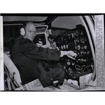 1959 Press Photo Peter Gluckman, The Flying Watchmaker- RSA01885