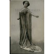 1908 Press Photo Mrs Elinor Glyn Novel Three Week Drama - RRU25219