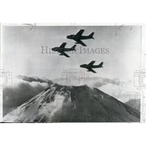 1954 Press Photo Sabre Jet Fighters Flying Over Mount Fuji Japan - XXB06365