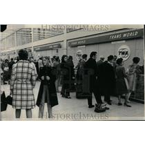 1972 Press Photo O'Hare Airport TWA bomb threats - RRU88055