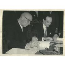 1957 Press Photo Britain & Russia Agree to Start London-Moscow Air Service