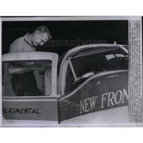 1961 Press Photo Going Global Again - RRX53833