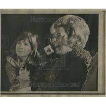1969 Press Photo Sue Bean, wife of astronuat, Alan Bean - RRV81139