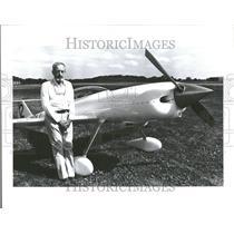 1982 Press Photo A.J. Smith Architect Plane Tecumseh - RRV92319