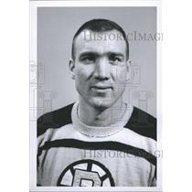 1963 Press Photo Jerry Toppazzini Boston Bruins - RSH37129