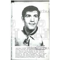 1968 Press Photo Lou Angotti Chicago Blackhawks Hockey Player Stanley Cup