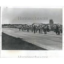 1978 Press Photo Lunch at the 94th Aero Squadron Restaurant - RSH09553