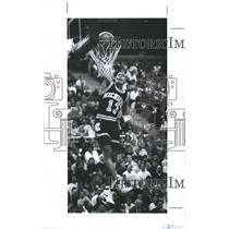 1991 Press Photo Demetrius Calip, Who led the Wolverines with 19 Points