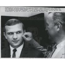 1968 Press Photo Philadelphia Flyers' coach Keith Allen, checks Garry Peters'