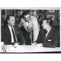 1955 Press Photo Bruins Break Up Dinner - RSH35167