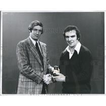 1974 Press Photo Ken Hodge and Chan Sweetser - RSH21877