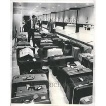 1974 Press Photo O'Hare International Airport Luggage - RRU80743
